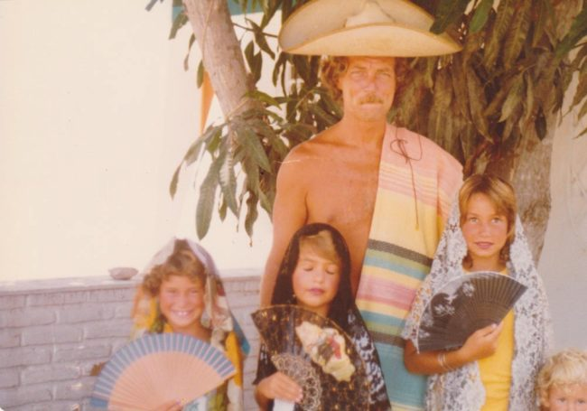 Everett DeRoche in Mexico with kids